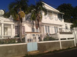 Romantic 1 bedroom Condo in Port Mathurin with Internet Access - Port Mathurin vacation rentals