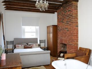 The Corner House located in Ventnor, Isle Of Wight - Ventnor vacation rentals