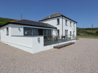 5-STAR Luxury Property near Aberdaron to Sleep 14. - Aberdaron vacation rentals