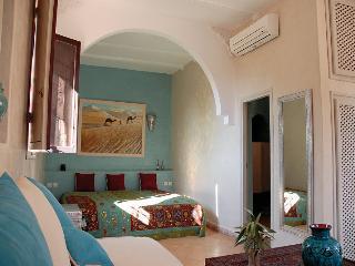 Chambre DeLuxe Kenza Riad Jardin des Orangers - Taroudant vacation rentals