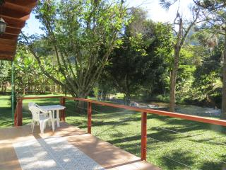 Nice Cottage with Satellite Or Cable TV and Outdoor Dining Area - Lumiar vacation rentals