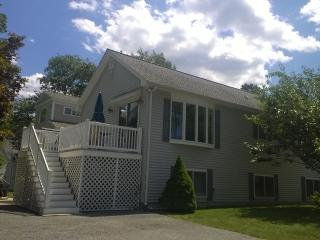 Footbridge Beach Area- Sleeps 6- Spotless - Ogunquit vacation rentals