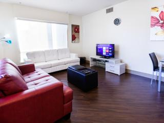Heaven in Hollywood Boulevard 2 BR Apart Furnished - Los Angeles vacation rentals