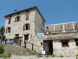 Nice Gite with Internet Access and Satellite Or Cable TV - Villars-sur-Var vacation rentals