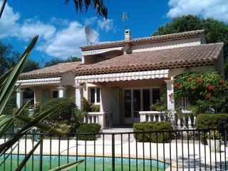 Bright 4 bedroom Vidauban Villa with Internet Access - Vidauban vacation rentals