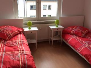 Nice Condo with Internet Access and Dishwasher - Bochum vacation rentals