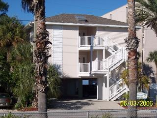 Pristine 3 Bedroom Condo - Steps to the Beach July & August Specials Call Now - Indian Rocks Beach vacation rentals