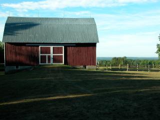 2 bedroom Farmhouse Barn with Deck in Mio - Mio vacation rentals
