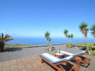 Comfortable 2 bedroom House in Fuencaliente de la Palma - Fuencaliente de la Palma vacation rentals