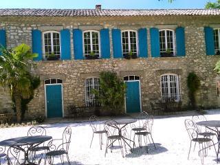 """Bastide de la Lézardière """"Lavandin"""" - Fontaine de Vaucluse vacation rentals"""