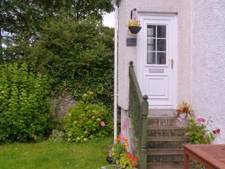 Charming Cottage with Satellite Or Cable TV and Outdoor Dining Area - Millport vacation rentals