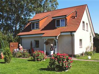 Bright 2 bedroom Condo in Ummanz - Ummanz vacation rentals
