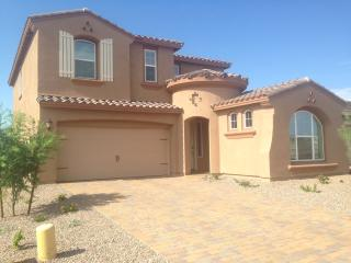 Relaxing family getaway in resort style community - Peoria vacation rentals