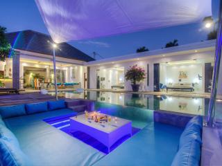 Amazing Architect Villa, 14m Pool, rice field view - Seminyak vacation rentals
