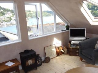 Spyglass - Cute, Cosy, Quaint, Quiet, and Views !! - Dartmouth vacation rentals