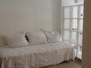 Cozy Quimper Studio rental with Microwave - Quimper vacation rentals