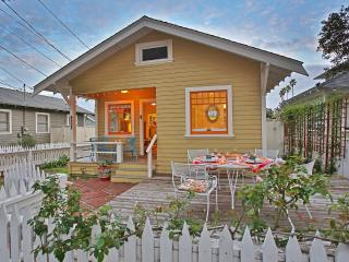 Cozy 2 bedroom House in Santa Barbara with Deck - Santa Barbara vacation rentals