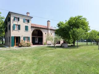 Casolare La Quercia - Double rooms - Correzzola vacation rentals