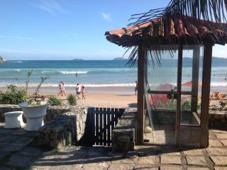 CASA NA AREIA DA PRAIA EM BUZIOS - Buzios vacation rentals
