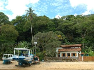 Bright 5 bedroom Vila do Abraao House with Internet Access - Vila do Abraao vacation rentals