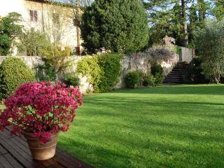 Limonaia Medicea di Lappeggi B&B - Antella vacation rentals