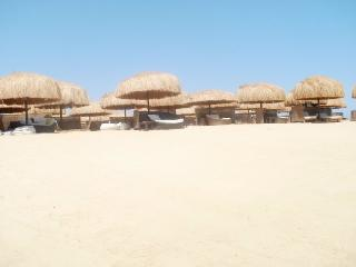 Nice Condo with A/C and Shared Outdoor Pool - Hurghada vacation rentals