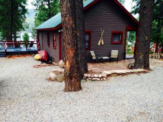 Shanty Chic 2 Bedroom Cabin on Vallecito Lake - Vallecito Lake vacation rentals
