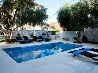 Rex Exclusive 5* Apartment - Split vacation rentals