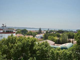 Beautiful Sea View Apt Cascais 5pax - Cascais vacation rentals