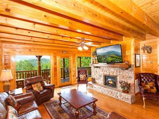 Lovely 6 bedroom Pigeon Forge Cabin with Deck - Pigeon Forge vacation rentals