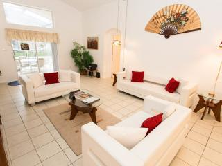 Lovely 5BR Pool/Spa Home, 3 Miles To Disney - Kissimmee vacation rentals