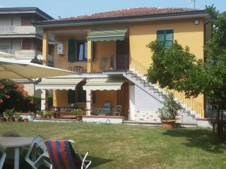 2 bedroom Townhouse with Internet Access in Vezzano Ligure - Vezzano Ligure vacation rentals