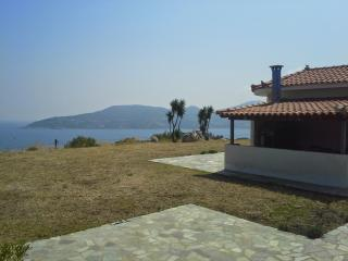 Beautiful 2 bedroom Samos Town Apartment with Internet Access - Samos Town vacation rentals