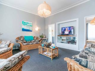 Chalet Maris Cottage By The Sea - Narrabeen vacation rentals