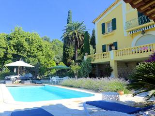 Vence French Riviera, Spacious and comfortable villa 8p. private pool - Vence vacation rentals