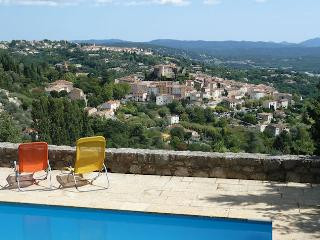 Stone house 7p, privat pool, superb view on Callian Var - Callian vacation rentals