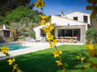 La Cadière d'Azur Provence Var, Villa 9p 3 ml from the sea, private pool - La Cadiere d'Azur vacation rentals