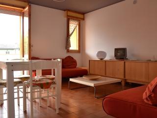 luminosissimo appartamento con terrazza di 40 mq. - Lido delle Nazioni vacation rentals