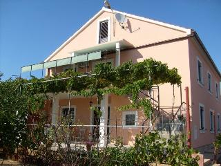 3 bedrooms apartment Tonny, sleeps 8 - Island Ugljan vacation rentals