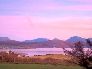 Comfortable 3 bedroom Cottage in Aultbea - Aultbea vacation rentals
