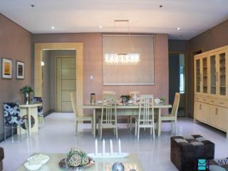 3 bedroom condo in Fort Bonifacio BGC0003 - Taguig City vacation rentals
