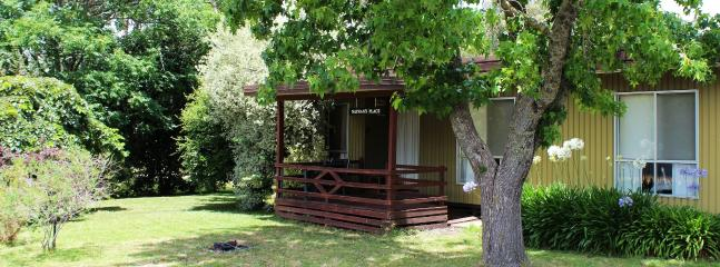 Comfortable 3 bedroom Guest house in King Valley - King Valley vacation rentals