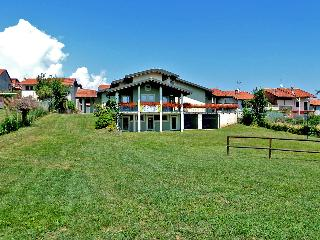 8 bedroom Bed and Breakfast with Internet Access in Sala Biellese - Sala Biellese vacation rentals