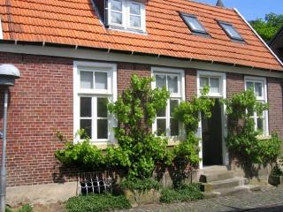 Nice House with Internet Access and Short Breaks Allowed - Bad Bentheim vacation rentals