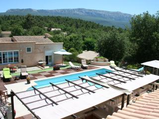 Nice Guest house with Internet Access and Garden - Nans-les-Pins vacation rentals
