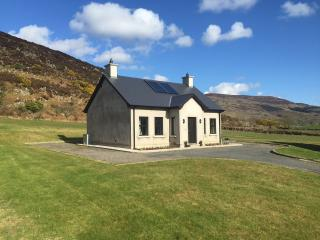 Beautiful 2 bedroom Cottage in Newry - Newry vacation rentals