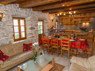 Bright Chatel vacation Chalet with Dishwasher - Chatel vacation rentals