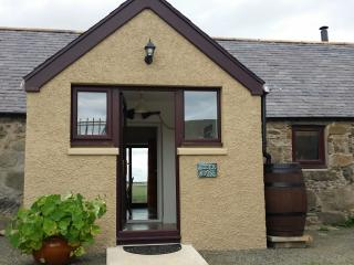 Nice 2 bedroom Portsoy Cottage with Deck - Portsoy vacation rentals