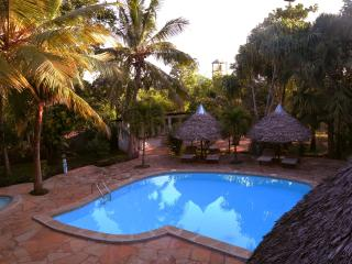 Lovely Diani vacation Cottage with Cleaning Service - Diani vacation rentals