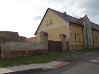 Perfect Cottage with Internet Access and Outdoor Dining Area - Rakovnik vacation rentals